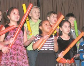 HPE performs traditional carols