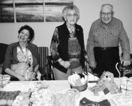PIC – Pleasantview residents hold Easter Tea