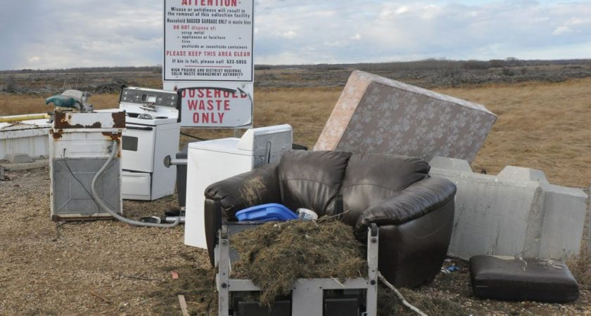 County closing Enilda waste facility