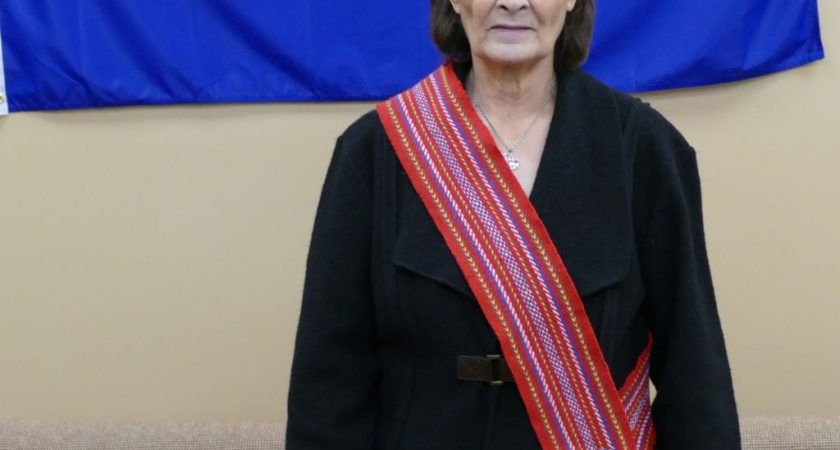 Métis woman sharing traditional knowledge